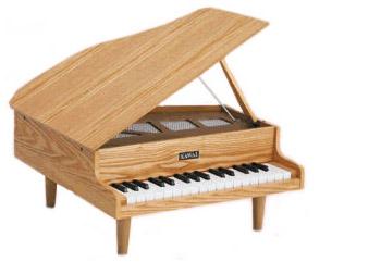 笑顔その④ミニピアノ