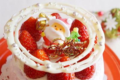 美味&ヘルシーなコンビニのクリスマスケーキ